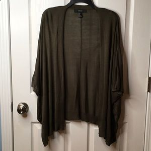 FOREVER 21 very lightweight sweater